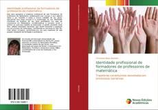 Bookcover of Identidade profissional de formadores de professores de matemática