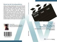 Buchcover von Muster bei der Fernsehproduktion