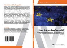 Bookcover of Identität und Außenpolitik