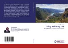 Bookcover of Living a Flowing Life