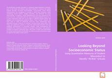 Buchcover von Looking Beyond Socioeconomic Status