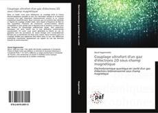 Buchcover von Couplage ultrafort d'un gaz d'électrons 2D sous champ magnétique