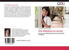 Una biblioteca en acción kitap kapağı