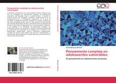 Bookcover of Pensamiento complejo en adolescentes vulnerables