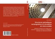 Buchcover von Structures périodiques rectangulaires et circulaires en micro-ondes