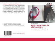 Musicoterapia en la adolescencia的封面