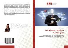 Capa do livro de Les Réseaux sociaux numériques